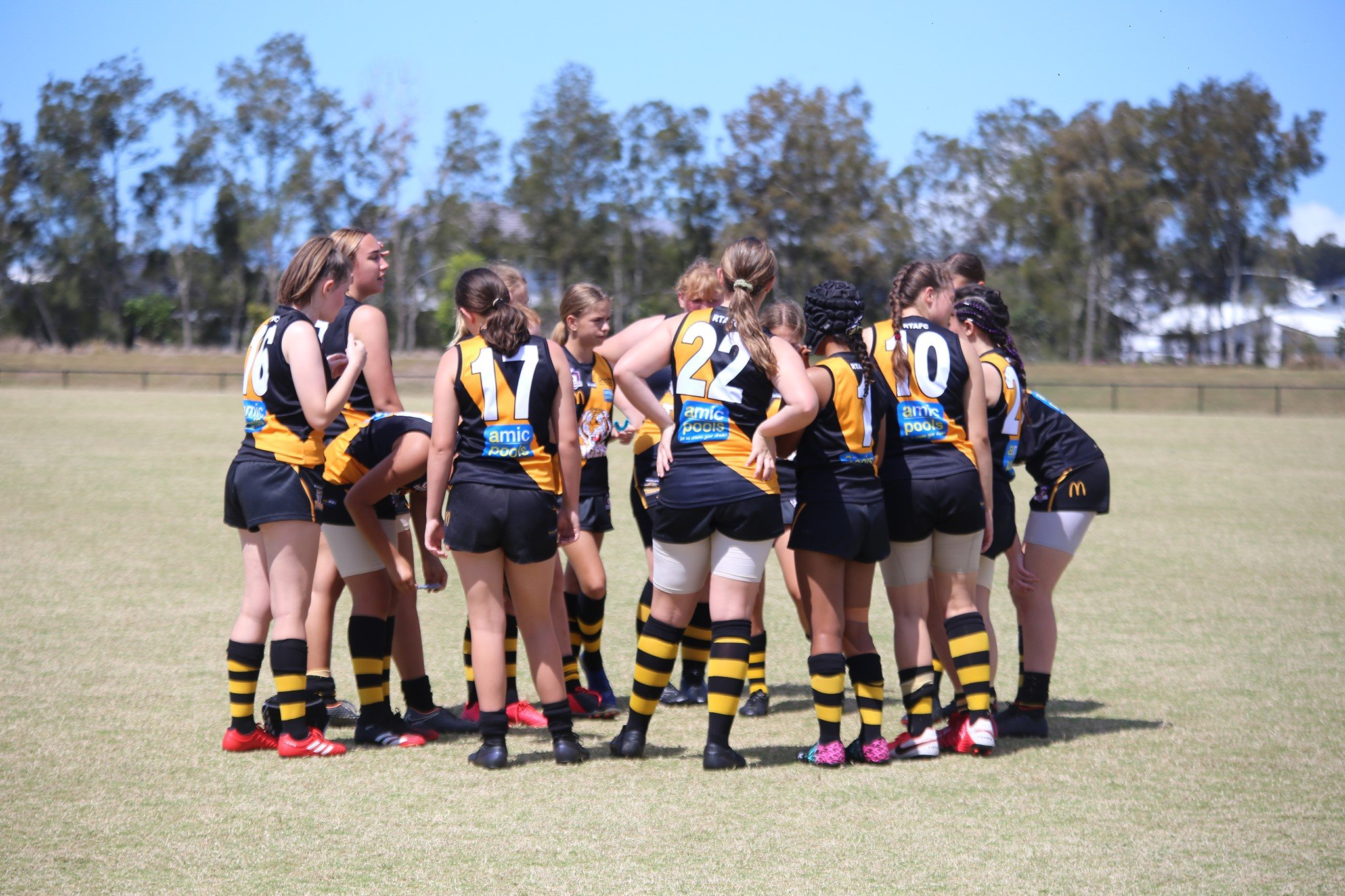Tigers AFL Women huddle
