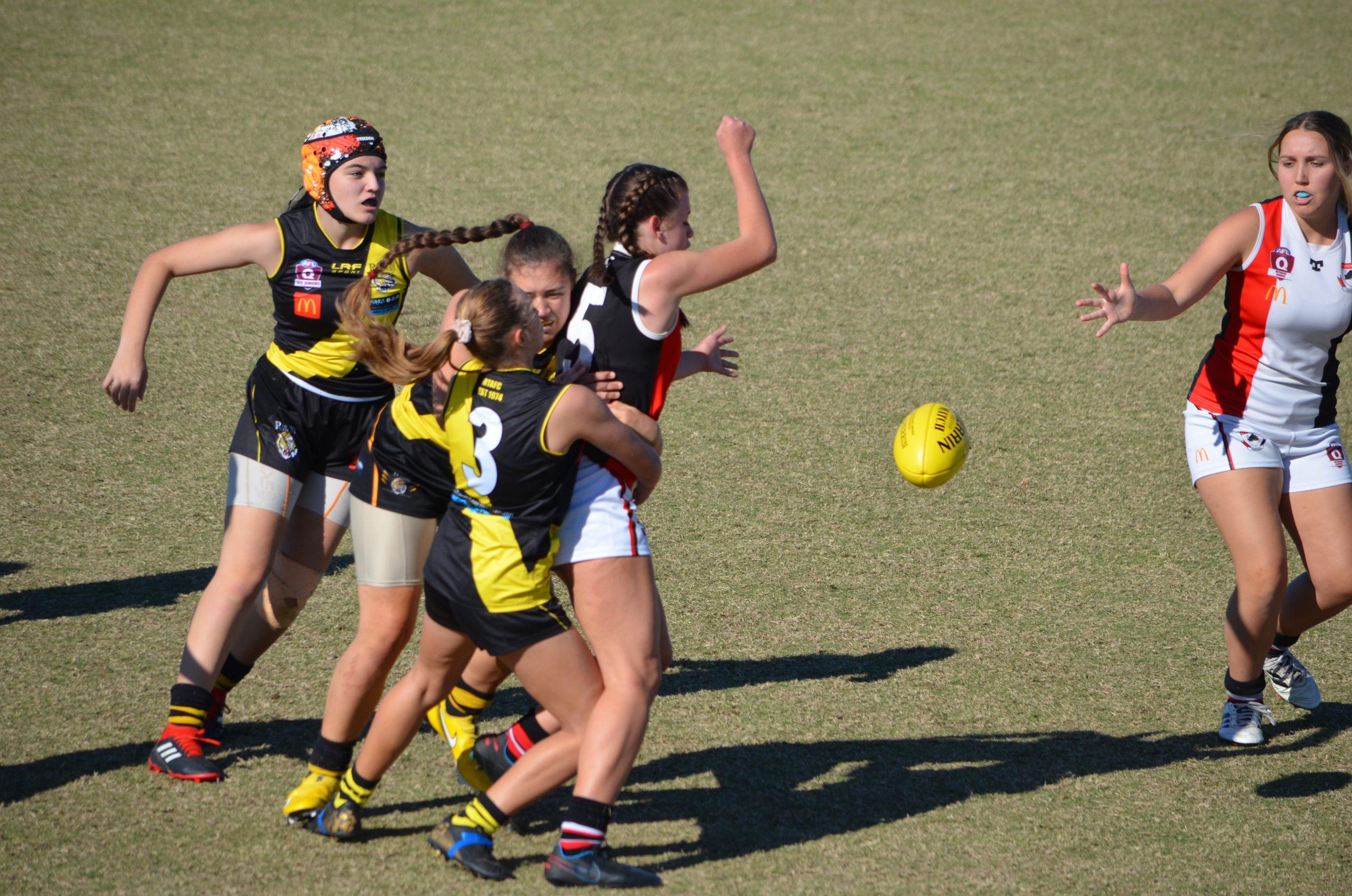 Tigers AFL Women huddle